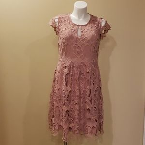 Dress Rose Water